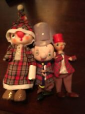 "VTG NOEL SET OF 3 XMAS CAROLERS TOP HATS FELT JAPAN 7-8""  FIGURES Wood Feet"