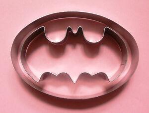 Batman Logo Special Cookie Cutter Fondant Biscuit Pastry Metal Mold Set