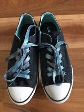 SZ 7.5 CONVERSE SPERKLE SHOES  *BUY FIVE OR MORE ITEMS GET FREE POST