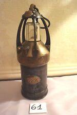C61 Très ancienne lampe de mineur avec numéro 940 circa 1930-40 old lamp 2