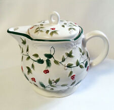 Pfaltzgraff Winterberry Teapot with Infuser 109-A25-00 White