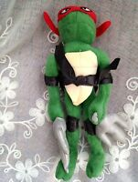 Teenage Mutant Ninja Turtles  Raphael Classic Collection Action Figure