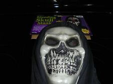 "HALLOWEEN BLEEDING SKULL MASK""BOOD FLOWS& OOZES OVER FACE! NEW"