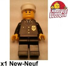 Lego - Figurine Minifig police policier officer officier casquette cty218 NEUF
