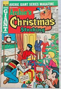 *  ARCHIE Giant Series 228 (NM 9.2) CHRISTMAS STOCKING Betty & Veronica 1974 *