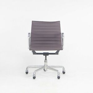 Herman Miller Eames Aluminum Group Management Rolling Desk Chair Purple Leather