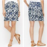 Ann Taylor Blue White Floral Pencil Skirt Size 2 Front Pockets Lined