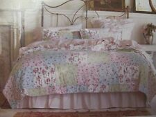 SIMPLY SHABBY CHIC Patchwork DITSY Floral Ruffled Quilt & 2 Shams - Full/Queen