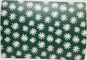 """Set of 2 Vinyl, Foam Back, Placemats (12""""x18"""") WHITE DAISIES FLOWERS ON GREEN,SM"""