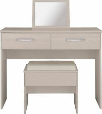 Oak Traditional Dressing Tables