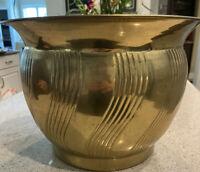 Large Vintage Hollywood Regency Brass Planter Pot Swirl