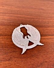 WALLACE STERLING SILVER CHRISTMAS ORNAMENT 1973 DOVES: PEACE ON EARTH