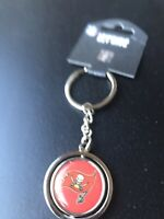 Tampa Bay Buccaneers Keychain Heavyweight Aminco NFL Spin able Center