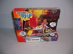 Matchbox Pop Up Fire Station Adventure Playset Fold N' Go
