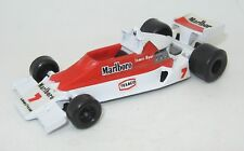 YAXON CARRERAS TEAM MC LAREN M26 JAMES HUNT fabricado en Italia Excelente Estado
