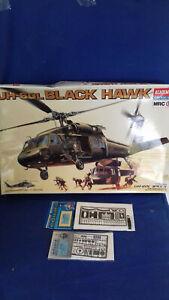 MAQUETTE HELICOPTERE BLACKHAWK UH 60 L AU 1/35 DE CHEZ ACADEMY + PHOTODECOUPE