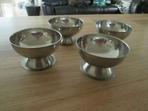 Set 4 Vintage (1980's) Stainless Steel Desert /Cocktail Bowls