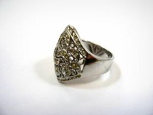 Nice Vintage Ring: Scrollwork Fancy Clear Jewels See Through Size 6.5