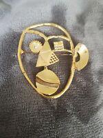 VINTAGE Large Modernist Brooch Goldtone face mask abstract Statement Lapel