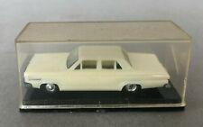 Eko Dodge Dart 2063 1/87 in Plastic Case Pearly White