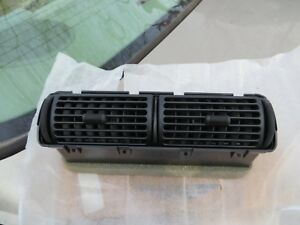 NOS Ford Louvre/Register Assembly F67Z-19893-AA