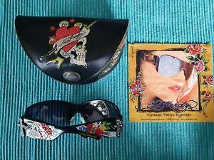Ed Hardy Sonnenbrille mit Etui und Putztuch EHS023 Black 115 Skull + Strass TOP