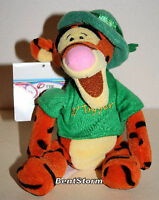 DISNEY STORE St Patricks Day Tigger Leprechaun Pooh FRIEND bean bag plush doll