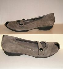 PRIVO by Clarks Women's Grey/Black Suede Mary Jane Dress Loafers 9.5 M Near Mint