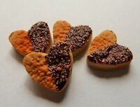 DOLLS HOUSE MINIATURE FOOD 1:12 * 4 X CHOC DIPPED HEART BISCUITS * COMBINED P+P