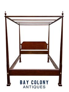 20TH C HENKEL HARRIS QUEEN SIZE MAHOGANY FOUR POST TESTER / CANOPY BED