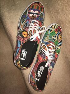 VANS mens  TENNIS SHOES SIZE 13 NEW African Pattern