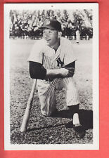 1950'S  YANKEES  TEAM ISSUE   POSTCARD  MICKEY MANTLE
