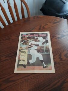 JUNE 13,1970-THE SPORTING NEWS-VADA PINSON OF THE CLEVELAND INDIANS(MINT)