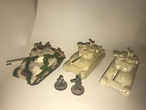 1/72 ww2 Sherman tank Models X3 Plastic Soldier Company Models LOT 4