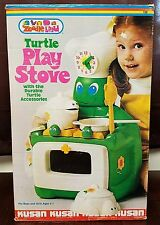 VINTAGE KUSAN ZOODLE LAND TURTLE STOVE PLAYSET 1970's PRETEND PLAY USED