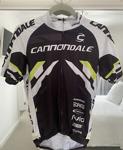 Cannondale Cycling Jersey   Size Medium Men's   Black, White and Green
