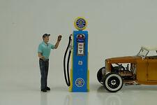 Tanksäule / petrol pump / pompe a essence Oldsmobile Service 1:18 no car Figur
