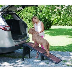 """Pet Gear Extra Large Wide Free-Standing Dog Pet Ramp up to 300 lbs. 55"""" L"""