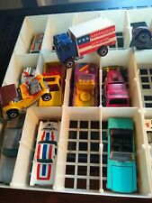 MATTEL Hot Wheels Redline American Hauler Flying Colors in 23 used car lot