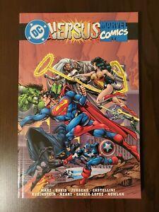 NM+ DC Versus Marvel Comics Trade Paperback TPB Softcover 1996 Third Printing