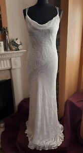 Gorgeous Ivory / Cream Wedding Dress By Monsoon Size. 10 / 12