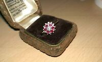 Beautiful Vintage Hallmarked 18ct Gold Diamond & Ruby Flower Cluster Ring