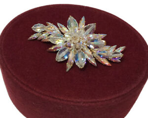 Vintage Unsigned Donald  Simpson Brooch