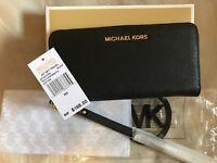 Authentic Brand New Michael Kors Jet Set Purse Wallet - BLACK