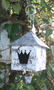 Dekoratives Vogelhaus Vogelvilla , Krone, mit Glöckchen, Metall Silber,
