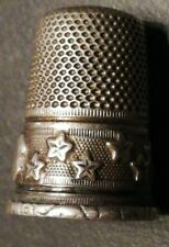 dé à coudre argent massif solid silver thimble décor d'étoiles en application