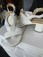 Russell & Bromley Size UK 5 EUR 38 NUEVO oro blanco suave