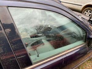 00-07 MERCEDES C240 C230 C280 FRONT RIGHT PASSENGER SIDE DOOR WINDOW GLASS
