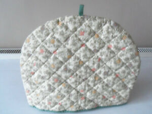 PADDED TEAPOT COSY/COVER-FLORAL PATTERN - NEW