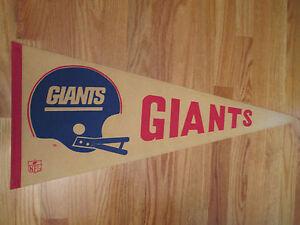 """1976 - 1980 NEW YORK GIANTS Helmet Logo 30"""" Pennant"""
